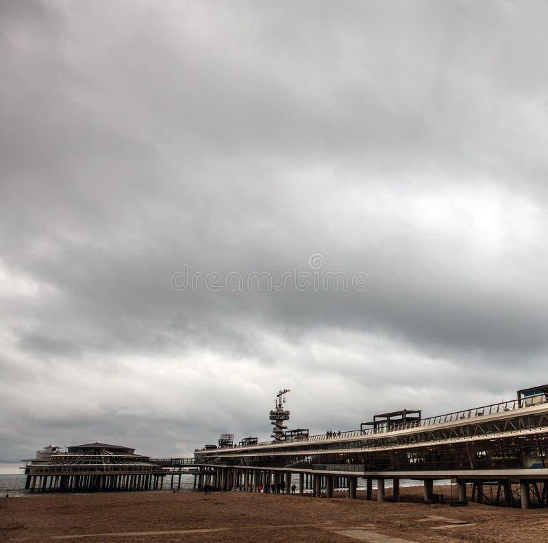 Jesieni plaża w Haga, holandie zdjęcia stock