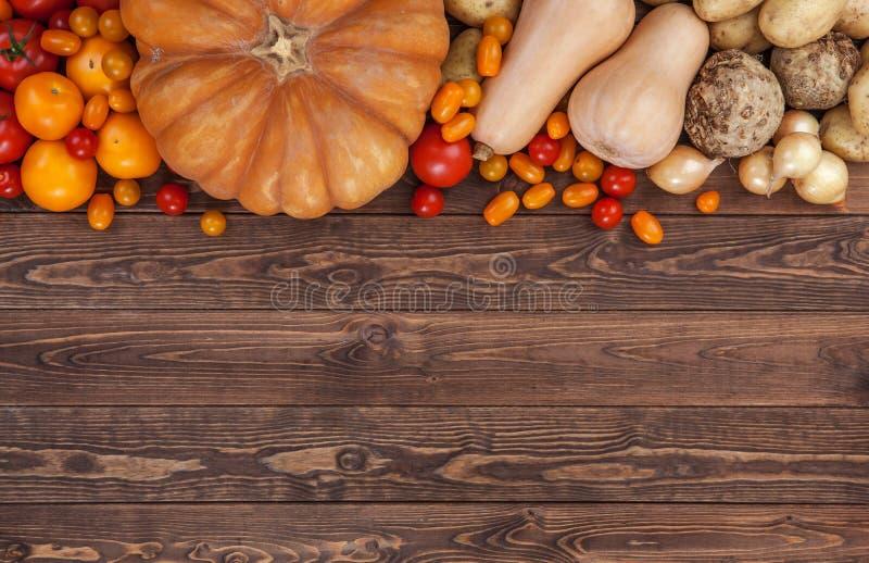 Jesieni warzyw tło, odgórny widok obraz stock