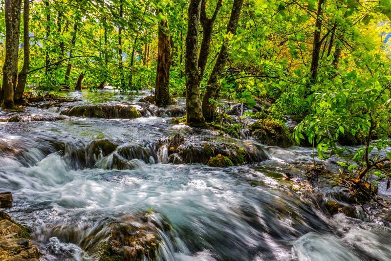 Jesieni wycieczka Plitvice jeziora fotografia stock