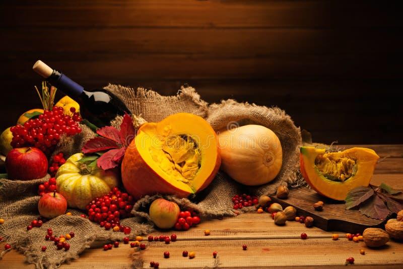 jesienny życie wciąż zdjęcie stock