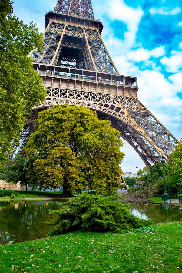 Jesienny Paryż, wieża eifla zdjęcia stock