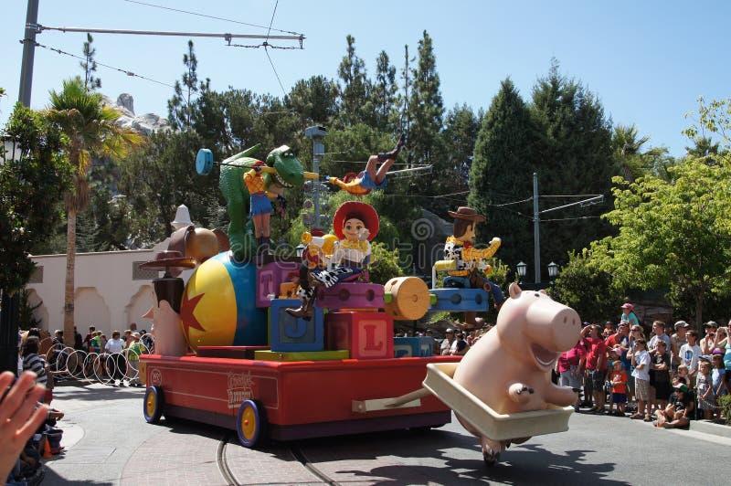 Jesse und waldige Parade bei Disneyland lizenzfreie stockfotografie