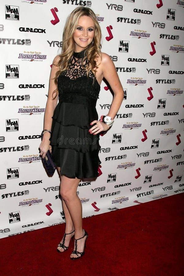 Jessica Kinni bij de Partij van de Première van het Debuut van de Muziek J.Smith Video. Les Deux, Hollywood, CA. 02-25-09 stock afbeelding