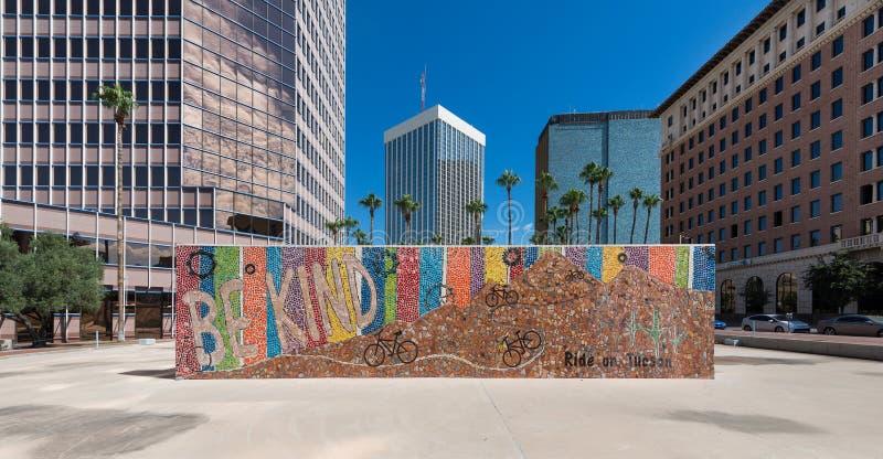 Jest Miłym kampanią w w centrum Tucson zdjęcia stock