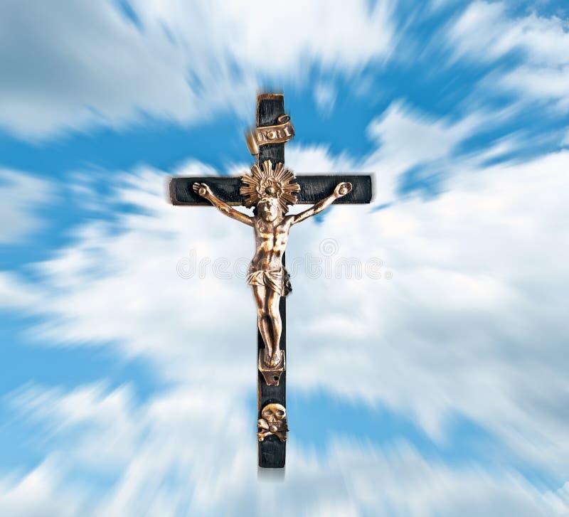 Jesus Christ gegen blauen Himmel und Wolken lizenzfreies stockfoto