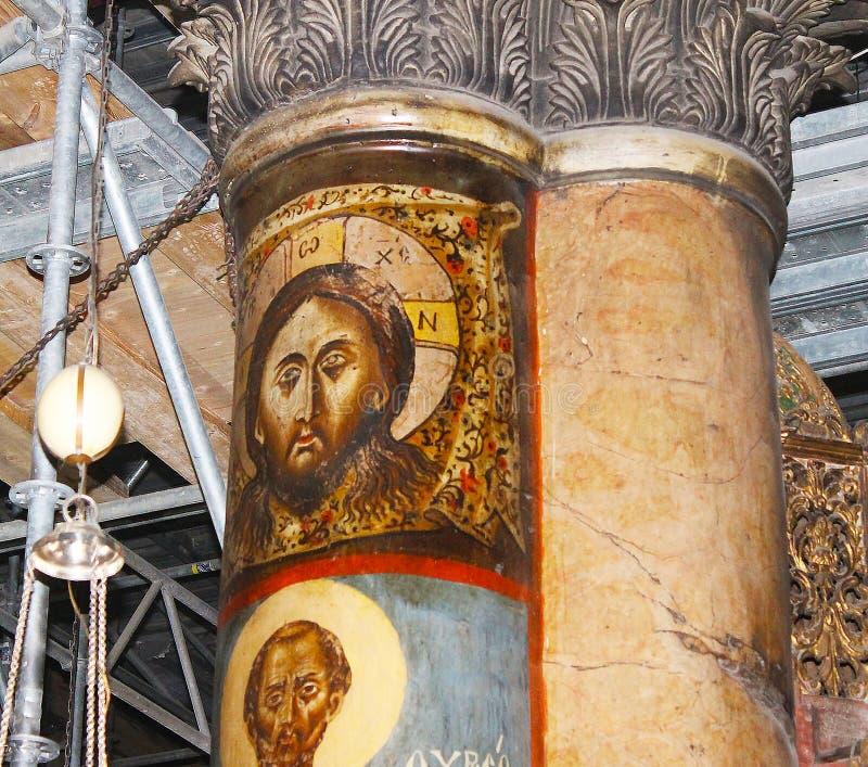 Jesus Christ på pelaren i den storartade basilikan av Christ's Kristi födelse i Betlehem royaltyfri bild
