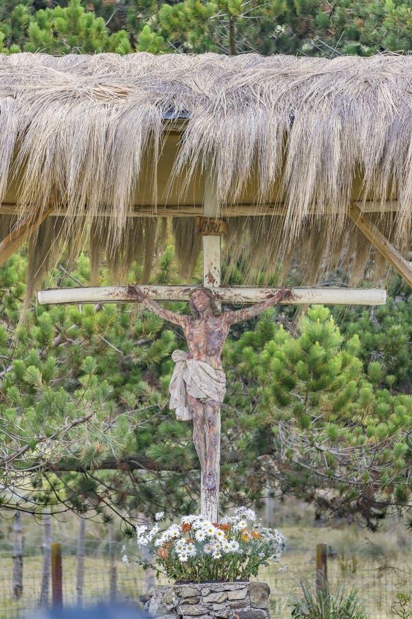 Jesus Christ Sculpture på det fria i Cuenca Ecuador arkivfoton
