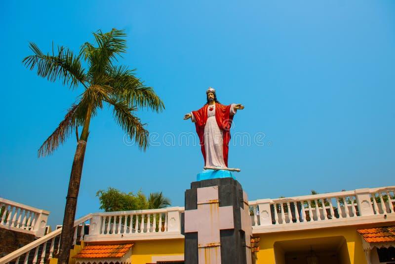 Jesus Christ-Statue Fort Tiracol goa Indien lizenzfreies stockbild