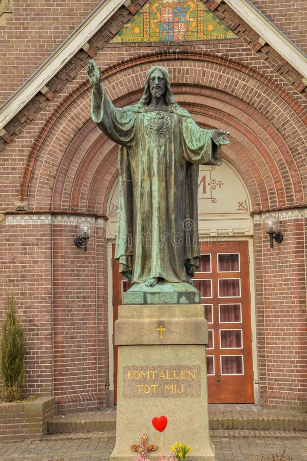 Jesus Christ Statue In Front d'une église a appelé Schuilkerk De Hoop At Diemen les Pays-Bas photographie stock libre de droits
