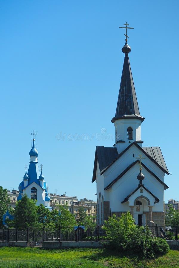 Jesus im Himmel Ansicht des Äußeren des alten Tempels gegen den blauen Himmel lizenzfreie stockbilder