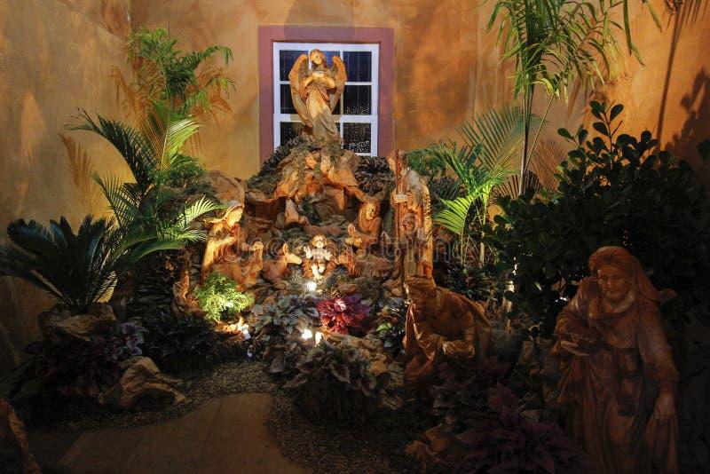 jesus josef mary för christ jullathund julkrubba royaltyfri bild