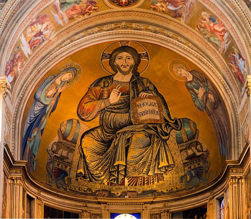 Jesus - ljus av wolrden - Pisa domkyrka, Duomodetalj arkivfoto