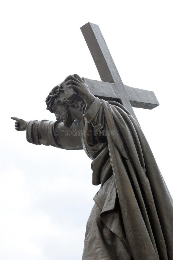Jesus mit Kreuz lizenzfreie stockbilder