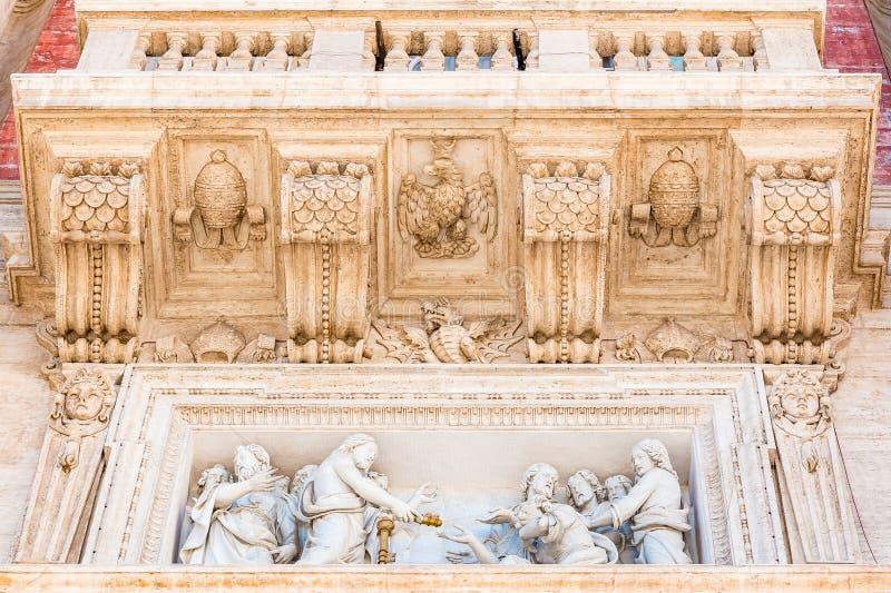 Jesus que dá chaves ao reino dos céus a St Peter em Vatic foto de stock