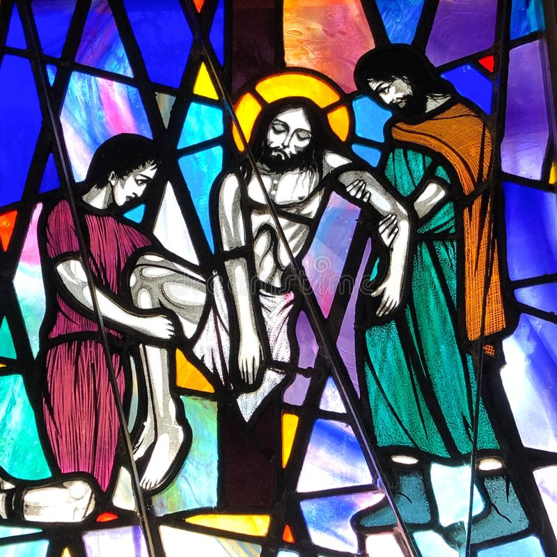 Jesus tas ner från hans kors royaltyfri bild