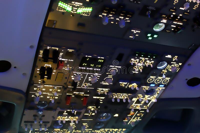 Jet-Cockpit lizenzfreie stockbilder