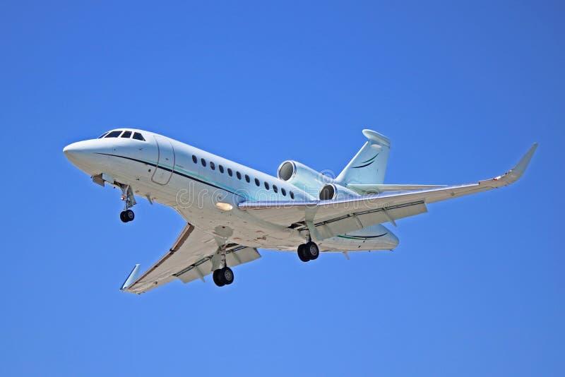 Jet d'entreprise du faucon 900EX de Dassault photographie stock libre de droits