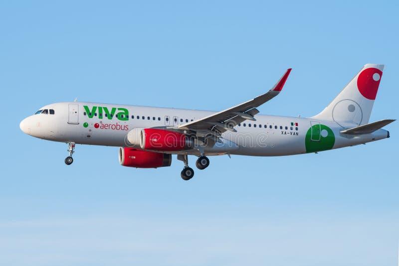 Jet de Viva Aerobus imagen de archivo libre de regalías