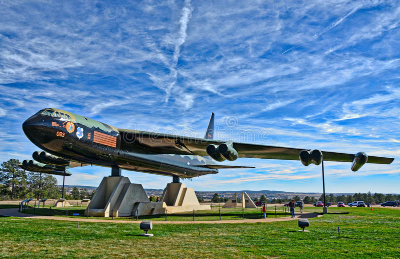 Jet del bombardero B-52 en la capilla de la academia de fuerza aérea de Estados Unidos en Colorado Springs foto de archivo