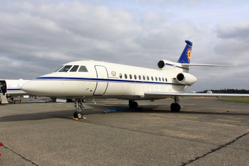 Jet del negocio del halcón 900 de Dassault foto de archivo