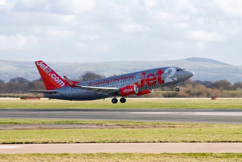 Jet2 Fluglinien entfernendes Boeing 737 stockfoto