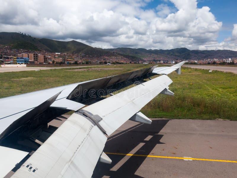 Jet Plane Landing Flaps Down fotos de stock