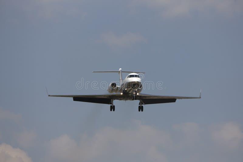Jet Privato Piccolo : Jet privato fotografia stock immagine di toronto