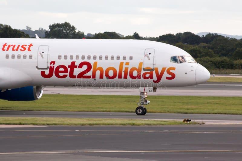 Jet2 semestrar Boeing 757 royaltyfria bilder