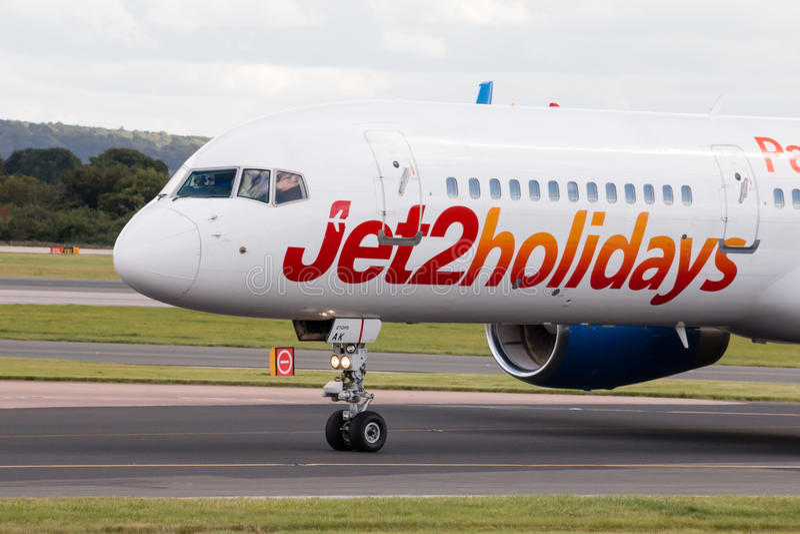 Jet2 semestrar Boeing 757 arkivbilder