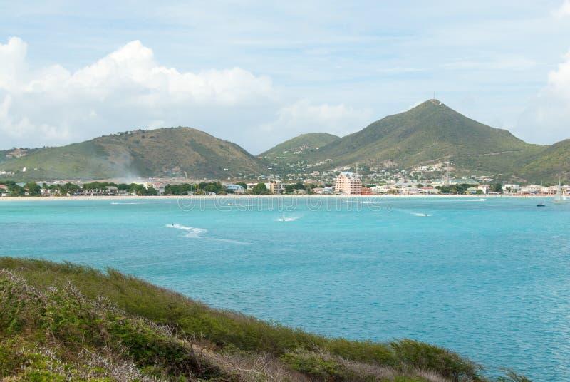 Jet Skis Race en Divi Bay de Martin de Sint Maarten fotos de archivo