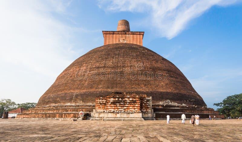 Jetavanaramaya Stupa Dagoba en Anuradhapura Sri Lanka imagenes de archivo