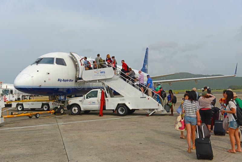 JetBlue Airways Embraer 190 aux Îles Vierges américaines photo stock