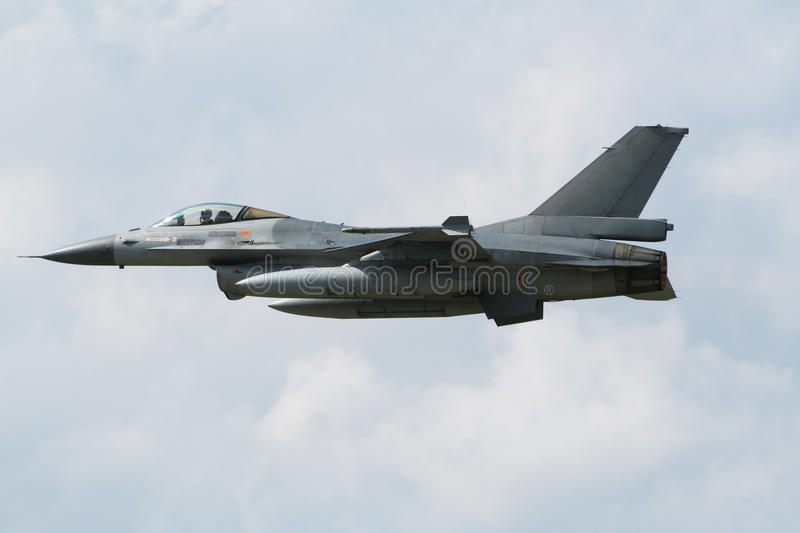 Jetfighter F-16 foto de archivo