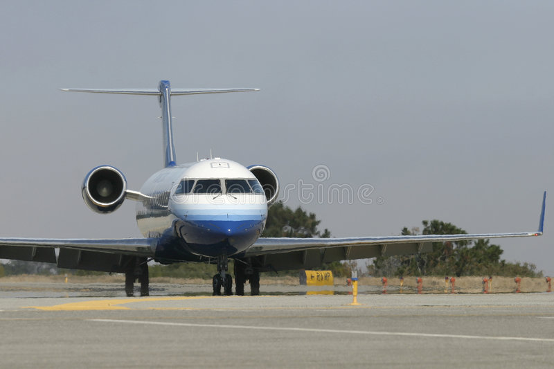 Jetliner on Taxiway stock photography