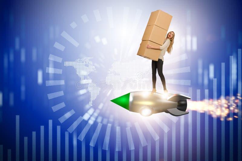 Jetpack летания женщины и поставлять коробки глобально бесплатная иллюстрация