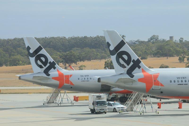 Jetstarvliegtuigen stock foto's
