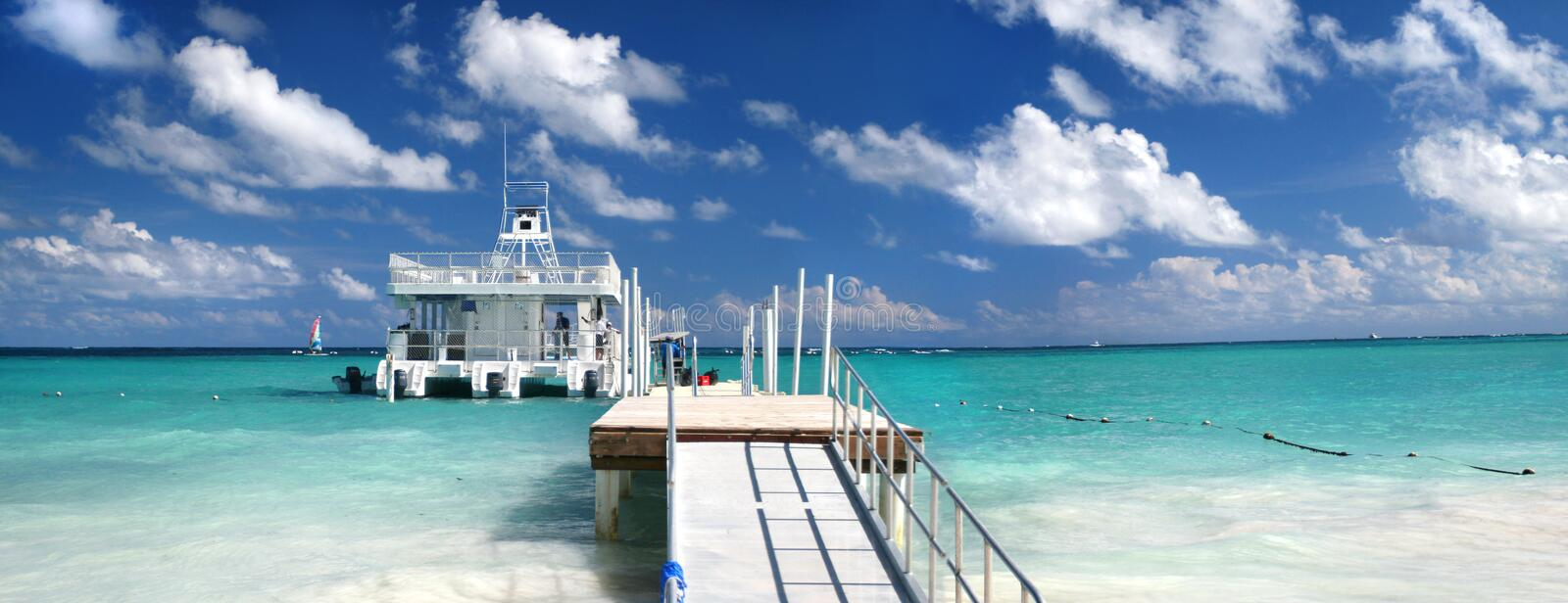 Download Jetty with ferry boat stock image. Image of ocean, pristine - 7990193