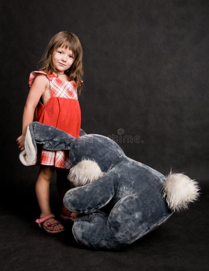 Jeu avec le lapin photographie stock libre de droits