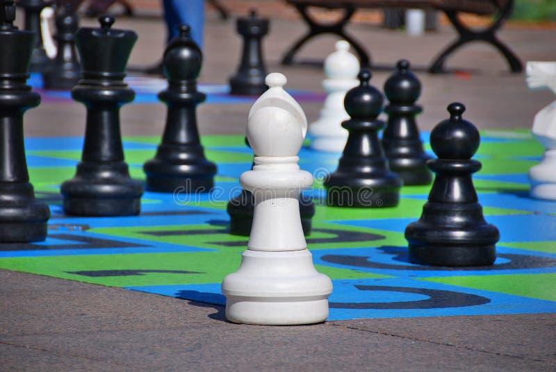 Jeu d'échecs géant image libre de droits