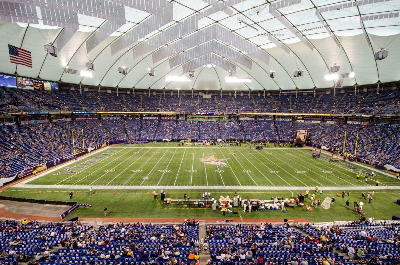 Jeu de Minnesota Vikings au mail du champ de l'Amérique photo libre de droits