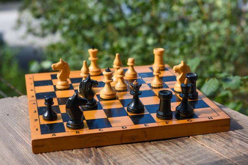 Jeu de société d'échecs photos stock