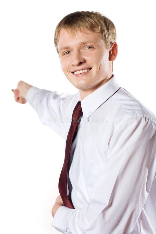 Jeune étudiant ou homme d'affaires effectuant une présentation images stock