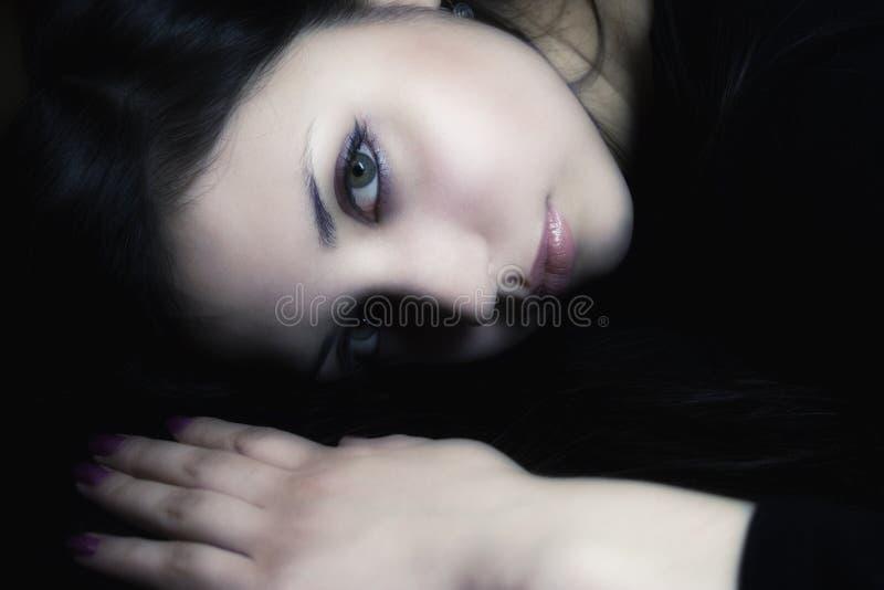 Jeune beau brunette images stock
