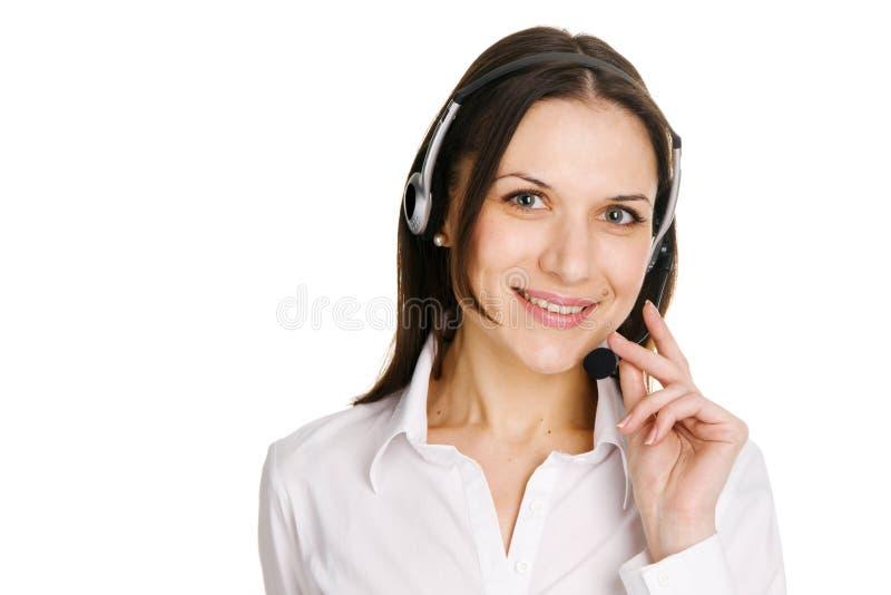 Jeune bel opérateur de centre d'attention téléphonique photographie stock libre de droits