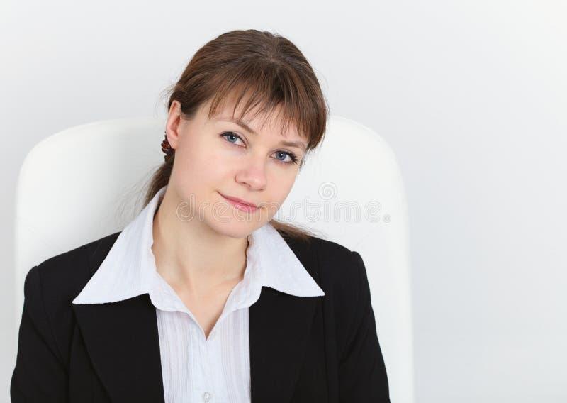 Jeune belle femme astucieuse photos libres de droits