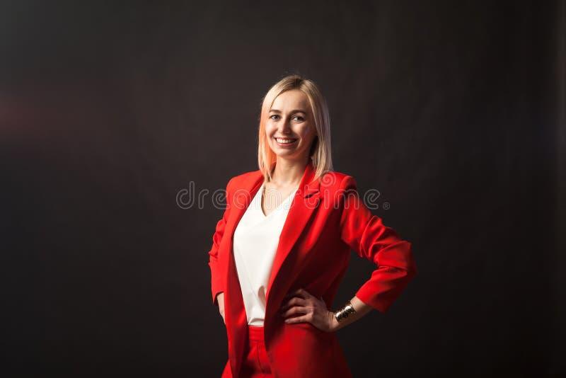 Jeune belle fille blonde blanche photographie stock