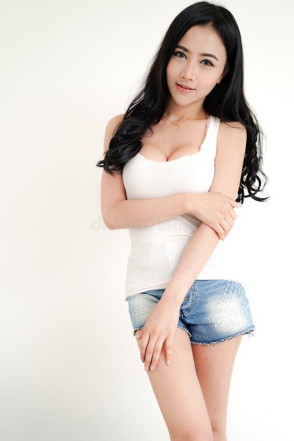 Jeune dame sexy asiatique image libre de droits