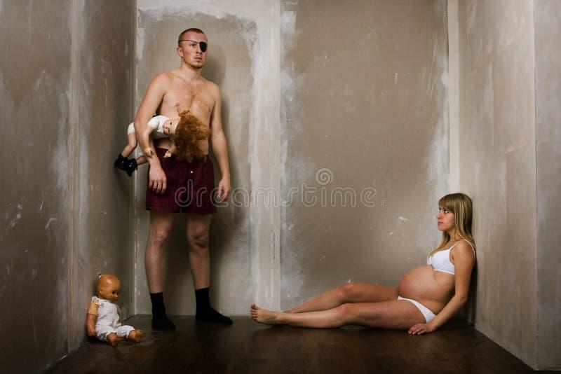 Jeune famille images libres de droits