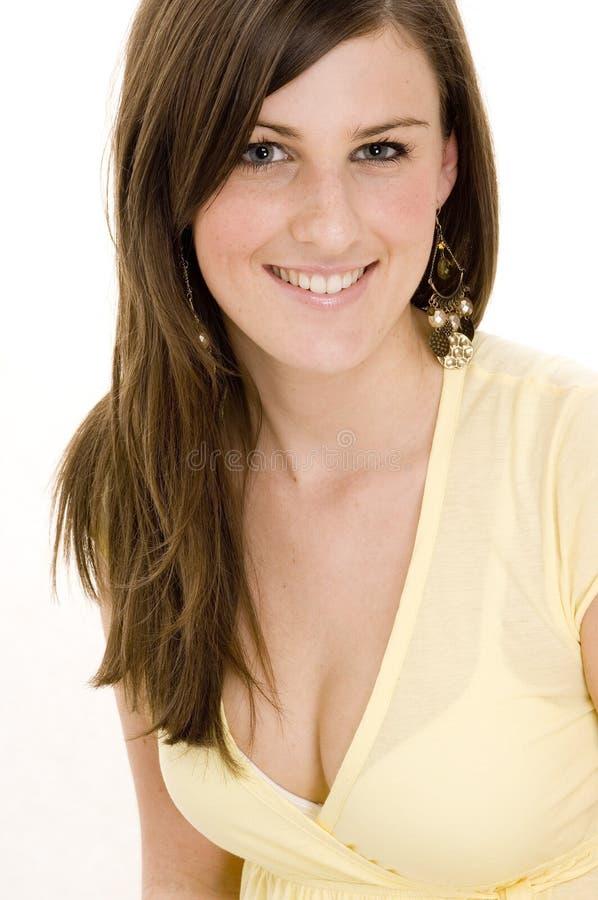 Download Jeune femme photo stock. Image du brunette, jeunesse, personne - 739030