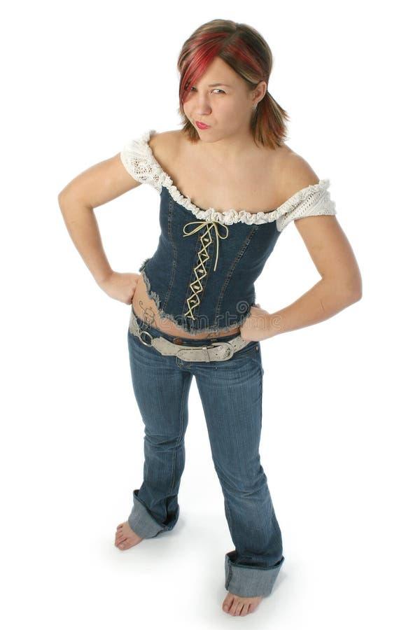 Jeune femme adorable ricanant à l'appareil-photo image stock